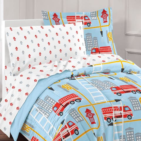 Dream Factory Fire Truck 7-piece Bed in a Bag with Sheet Set