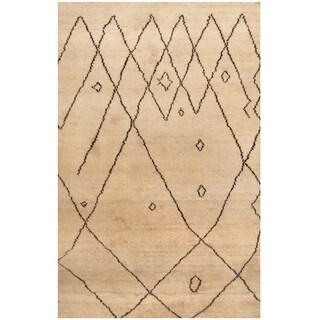 Handmade Wool Rug (India) - 5' x 8'