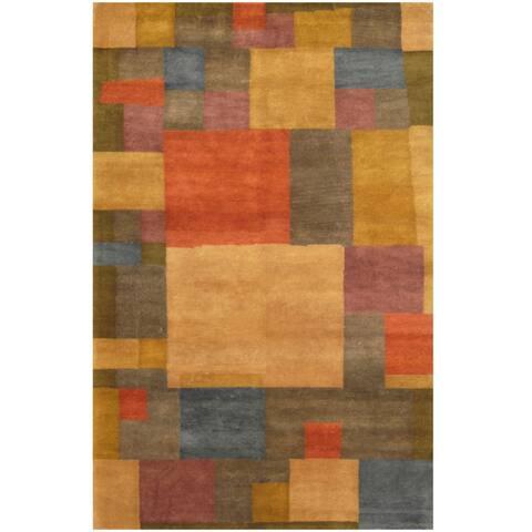 Handmade Tibetan Wool Rug (India) - 5'2 x 8'