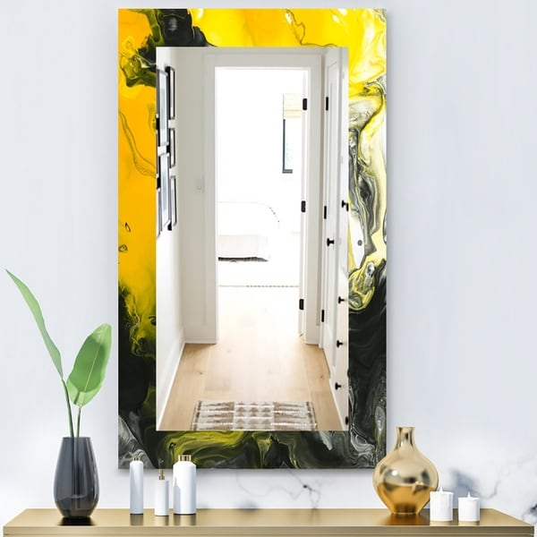 Designart 'Marbled Yellow 1' Modern Mirror - Frameless Wall Mirror - Gold