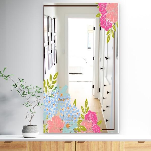 Designart 'Garland Sweet 30' Traditional Mirror - Wall Mirror - Pink