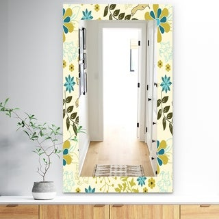 Designart 'Vintage Flowers 7' Traditional Mirror - Frameless Vanity Mirror - Gold