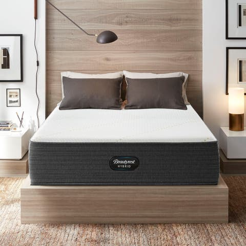 Beautyrest Hybrid BRX3000-IM 14-inch Medium Firm Hybrid Mattress Set