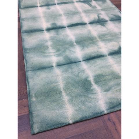 Green Wool Handmade Shibori Area Rug - 5' x 8'