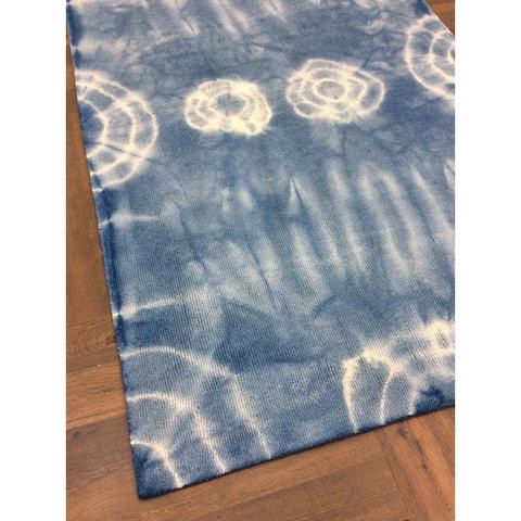 Handmade Shibori Style Light Blue Big Indoor Area Rug - 5' x 8'