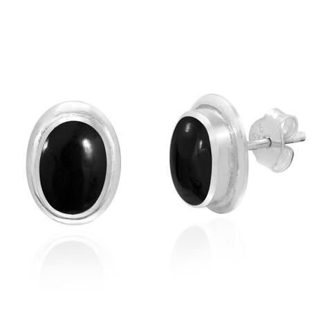 Handmade Simple Elegance Sterling Silver Oval Post Earrings (Thailand)