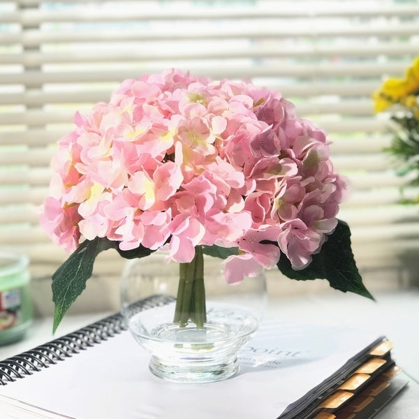 Enova Home 10 Stem Pink Silk Hydrangea Flower in Round Clear Glass Vase with Faux Water