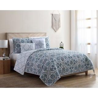 VCNY Home Agnes Reversible Floral Quilt Set