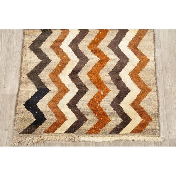 Gabbeh Geometric Hand Knotted Wool Oriental Persian Area Rug 4 9 X 2 10 On Sale Overstock 28066348