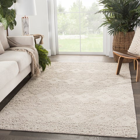 Ariah Hand-Knotted Geometric Area Rug