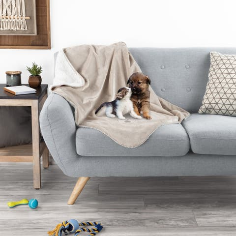 Waterproof Pet Blanket- 40inx30in Plush Throw Protects Couch, Chairs, Car, Bed- Machine Washable by Petmaker - 40x30