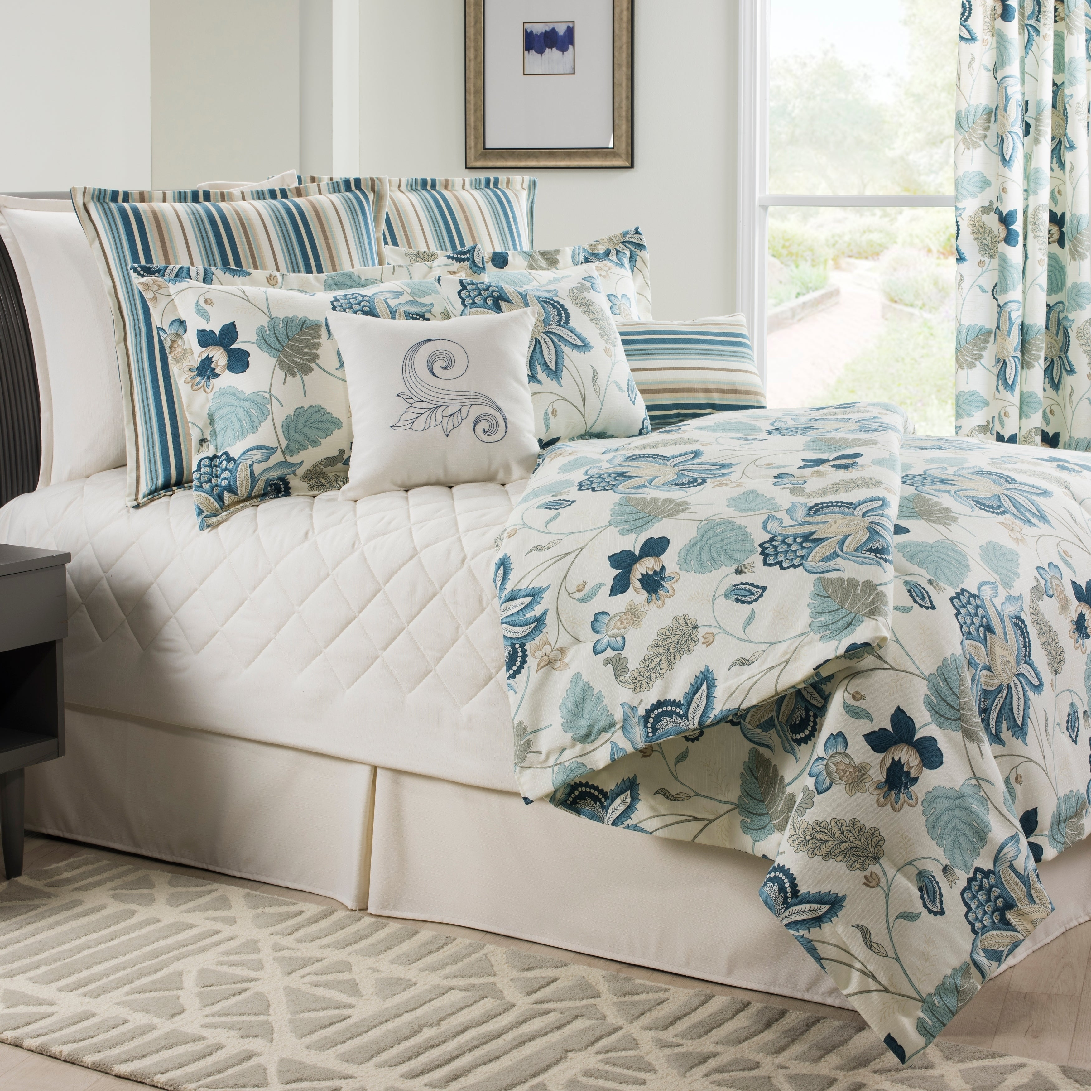 Savannah Floral Tradinional Blue Daybed Set On Sale Overstock 28082530