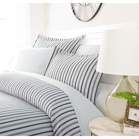Luxury Shifting Stripes Duvet Cover Set by Sharon Osbourne Home