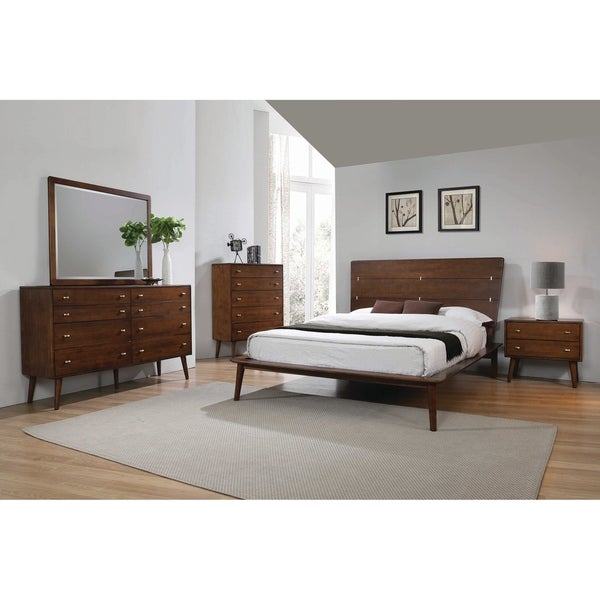 Carson Carrington Saladamm 4-piece Bedroom Set