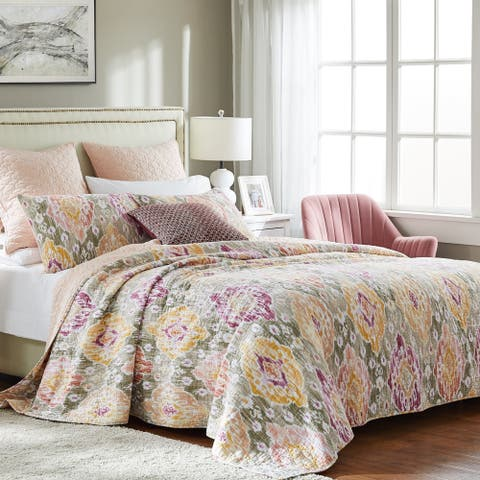 Porch & Den DeeAnn Blush Oversized 3-Piece Quilt Set