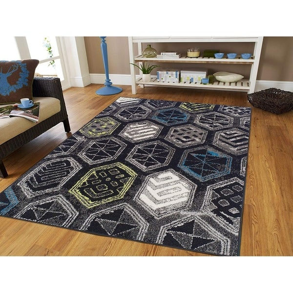 Porch & Den Gardenia Large Black Abstract Area Rug