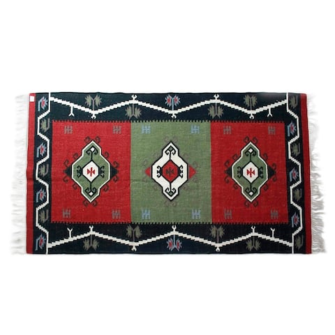 Handmade Abstract Evergreen Wool Rug (India) - 5' x 8'