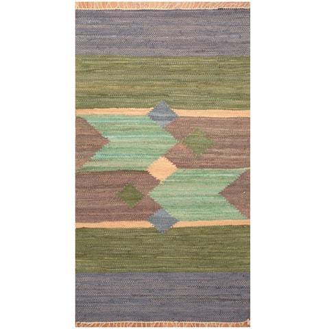 Handmade One-of-a-Kind Wool Kilim (India) - 3' x 5'3