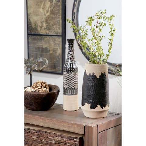 Natural Round Decorative Vase w/ Eclectic Brushstroke Design