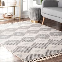 nuLOOM Casual Geometric Outdoor Tassel Gerda Area Rug