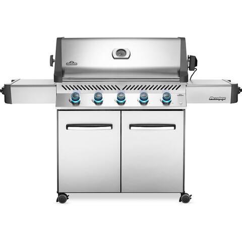 Napoleon Prestige® 665 Gas Grill with 5 Main Burners