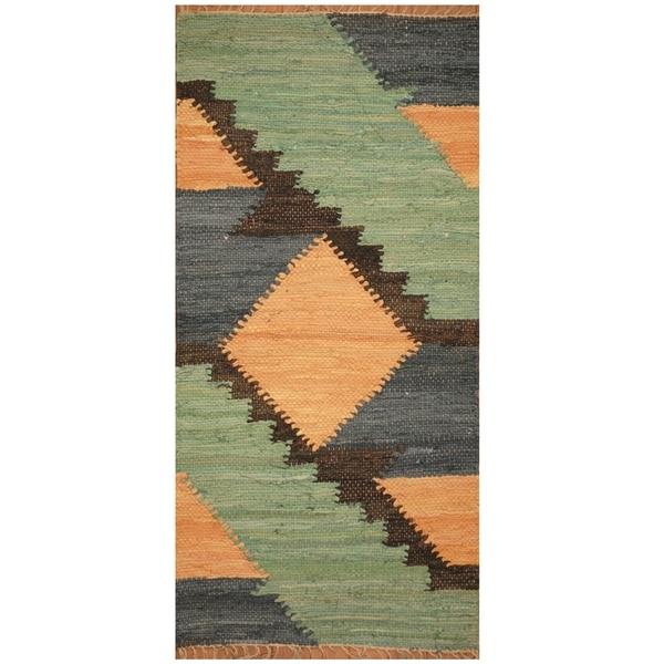 Handmade One-of-a-Kind Wool Kilim (India) - 2' x 4'