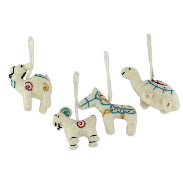 Cheerful White Creatures Wool ornaments (set of 4)