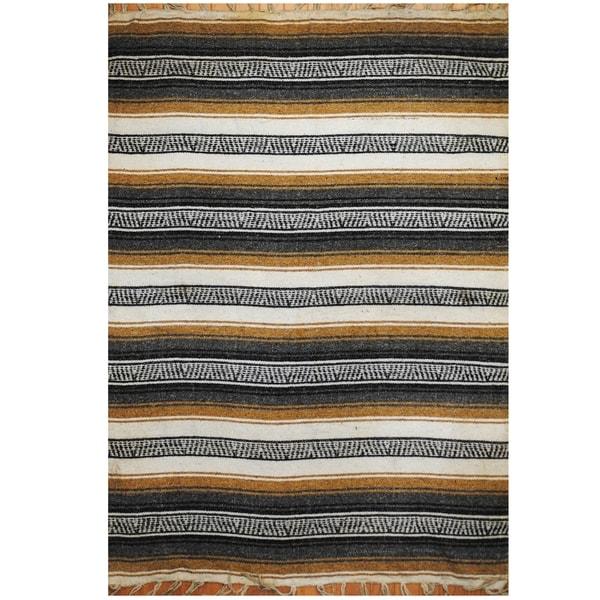 Handmade One-of-a-Kind Wool Kilim (India) - 4'3 x 6'