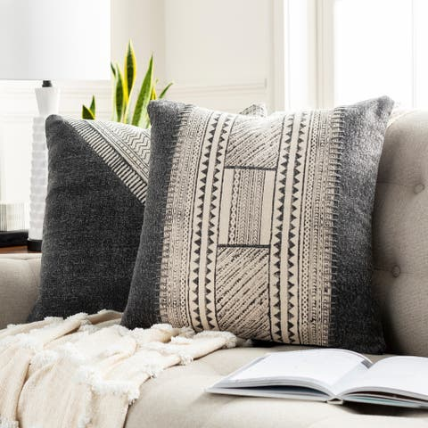 Eydis Bohemian 20-inch Poly or Feather Down Filled Throw Pillow