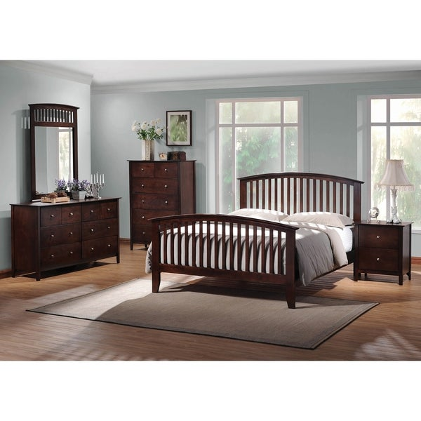 Nebraska Cappuccino 5-piece Panel Bedroom Set with 2 Nightstands