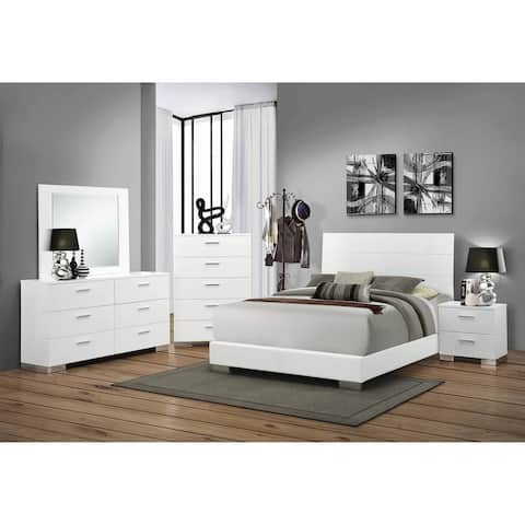 August Glossy White 3-piece Panel Bedroom Set with Chest