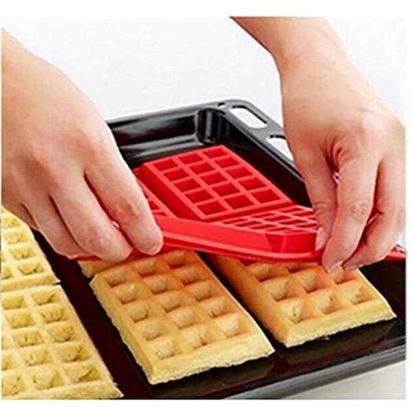 18 Cavity Silicone Waffle Mold Maker Cake Cookie Chocolate Pan Baking Mould