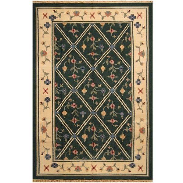 Handmade One-of-a-Kind Wool Kilim (India) - 6' x 9'