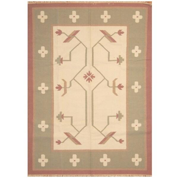 Handmade One-of-a-Kind Wool Kilim (India) - 5'5 x 7'7