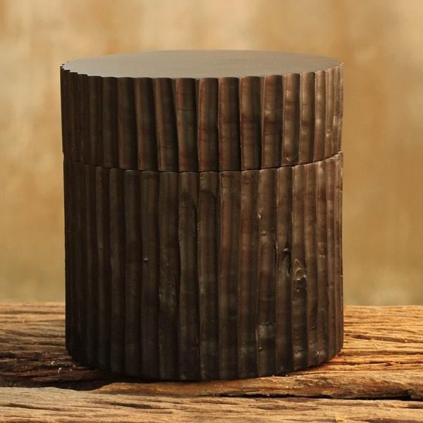 Handmade Ruffle Mango wood box(Thailand)