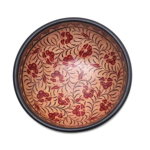 Handmade Lok Chan Flowers Batik Wood Decorative Bowl (Indonesia)