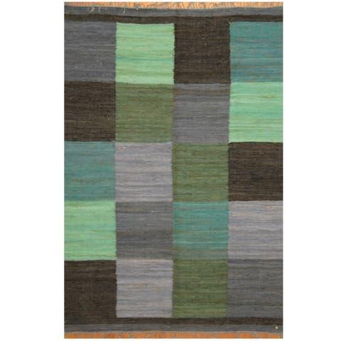 Handmade One-of-a-Kind Wool Kilim (India) - 5'6 x 7'10