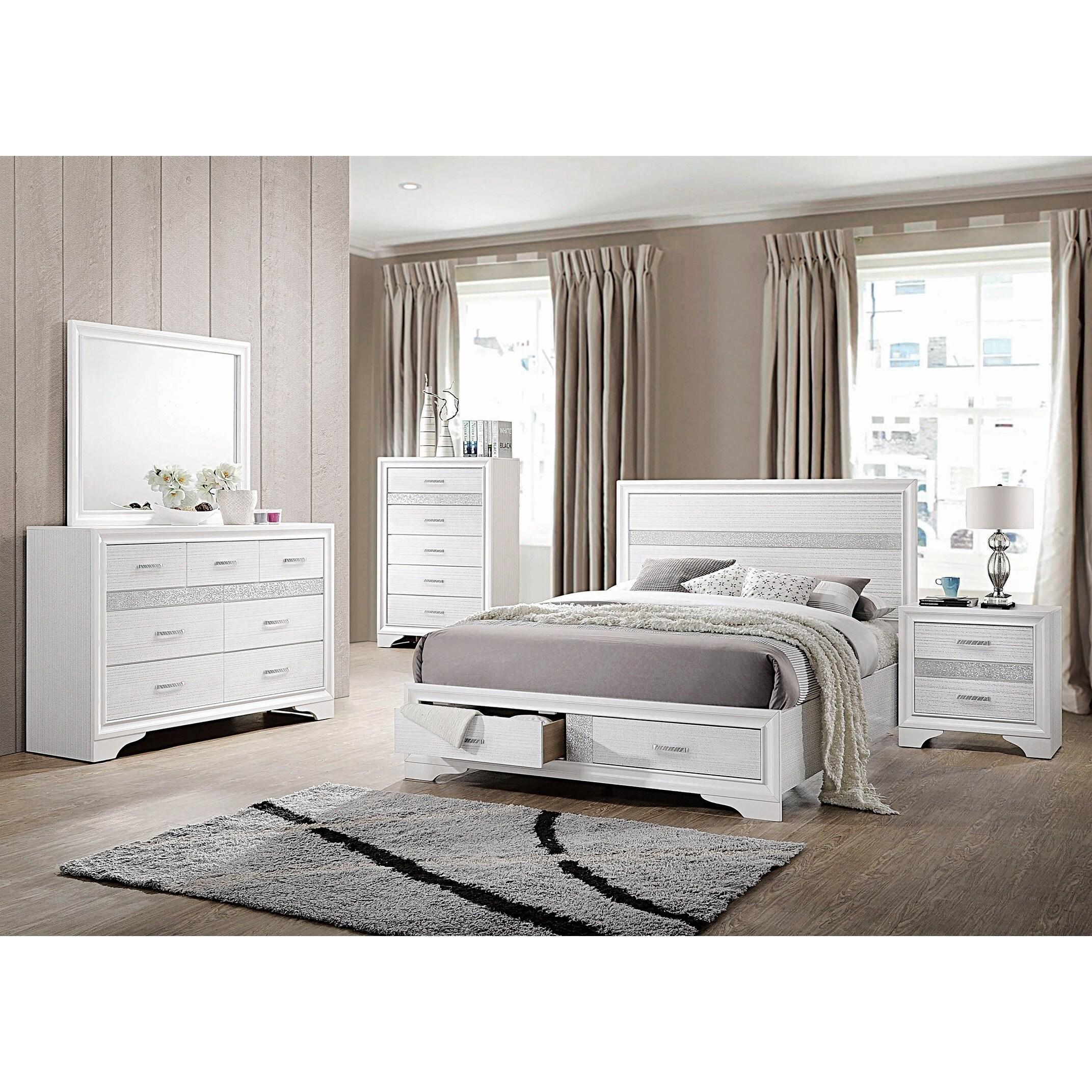 Alexandria Rhinestone 3-piece Storage Bedroom Set with Chest