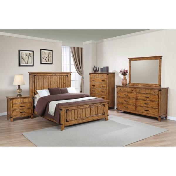 Corvallis Rustic Honey 5-piece Panel Bedroom Set with 2 Nightstands