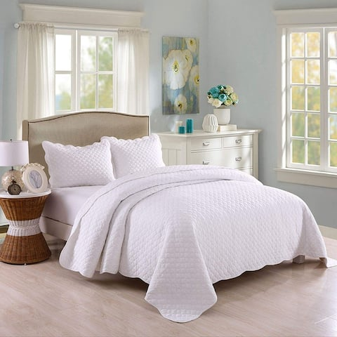 The Gray Barn Birch Bend 3-piece White Lightweight Cotton Quilt Set
