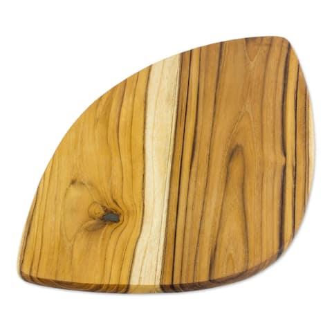 Wood Waves Teakwood cutting board (Costa Rica)