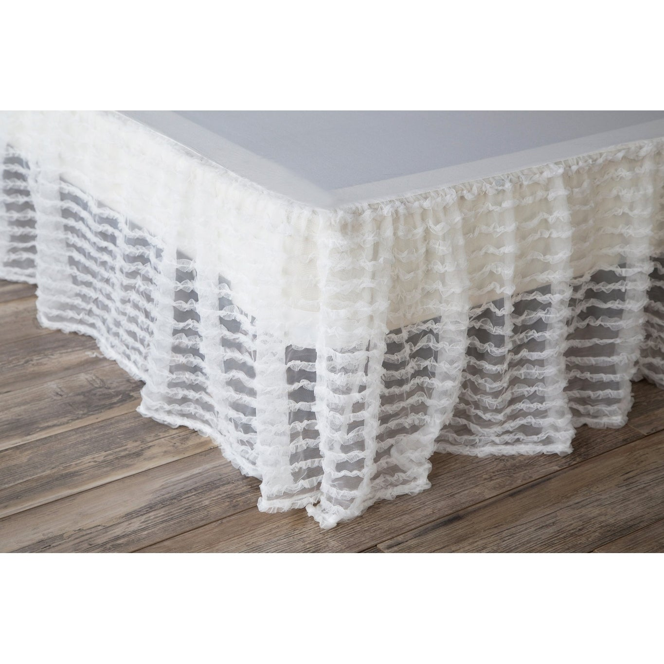 Picture of: Shop Porch Den Edy Queen Size White Ruffled Bed Skirt Overstock 28285187
