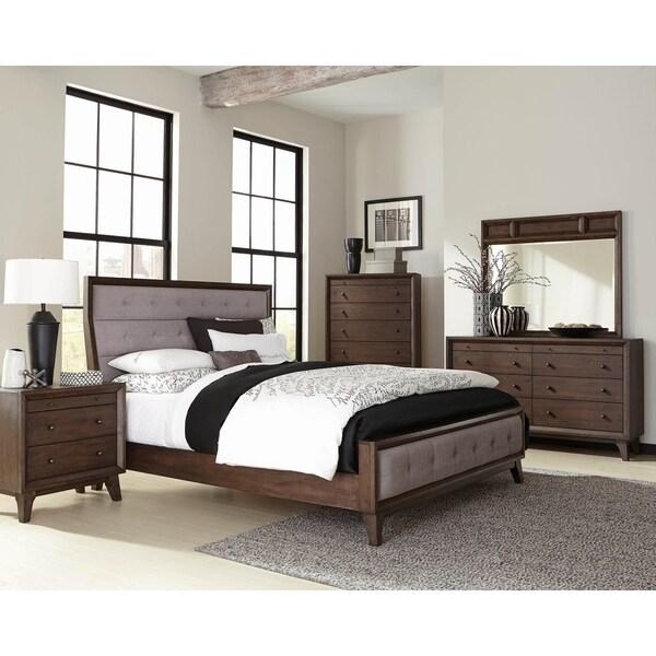 Rochester Brown Oak 5-piece Upholstered Bedroom Set with 2 Nightstands