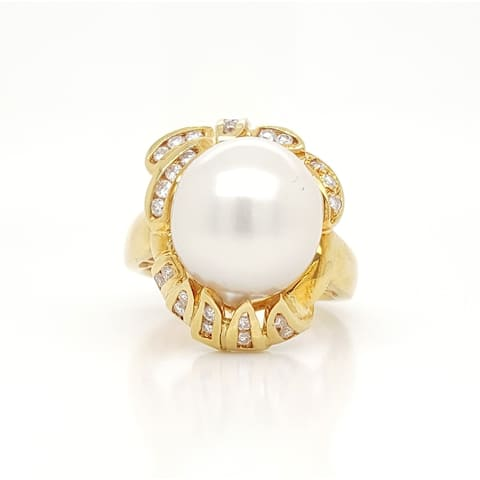 Southsea Pearl Round and Baguette Diamond Ring Size - 6.5