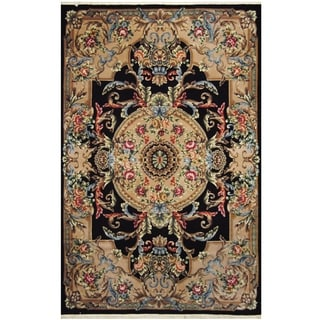Handmade One-of-a-Kind Aubusson Wool Rug (Pakistan) - 6' x 9'2