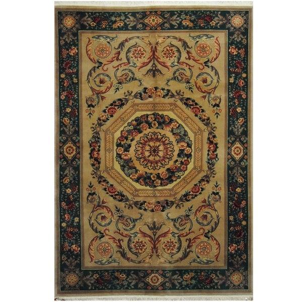 Handmade One-of-a-Kind Aubusson Wool Rug (Pakistan) - 6' x 8'10