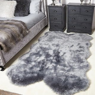 Super Soft Fluffy Grey Modern Shaped Faux Sheepskin Area Rug