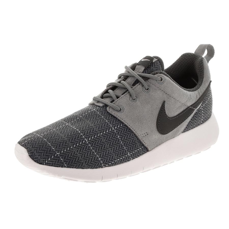 new arrival 10bb9 29dc5 Nike Kids Roshe One SE (GS) Running Shoe