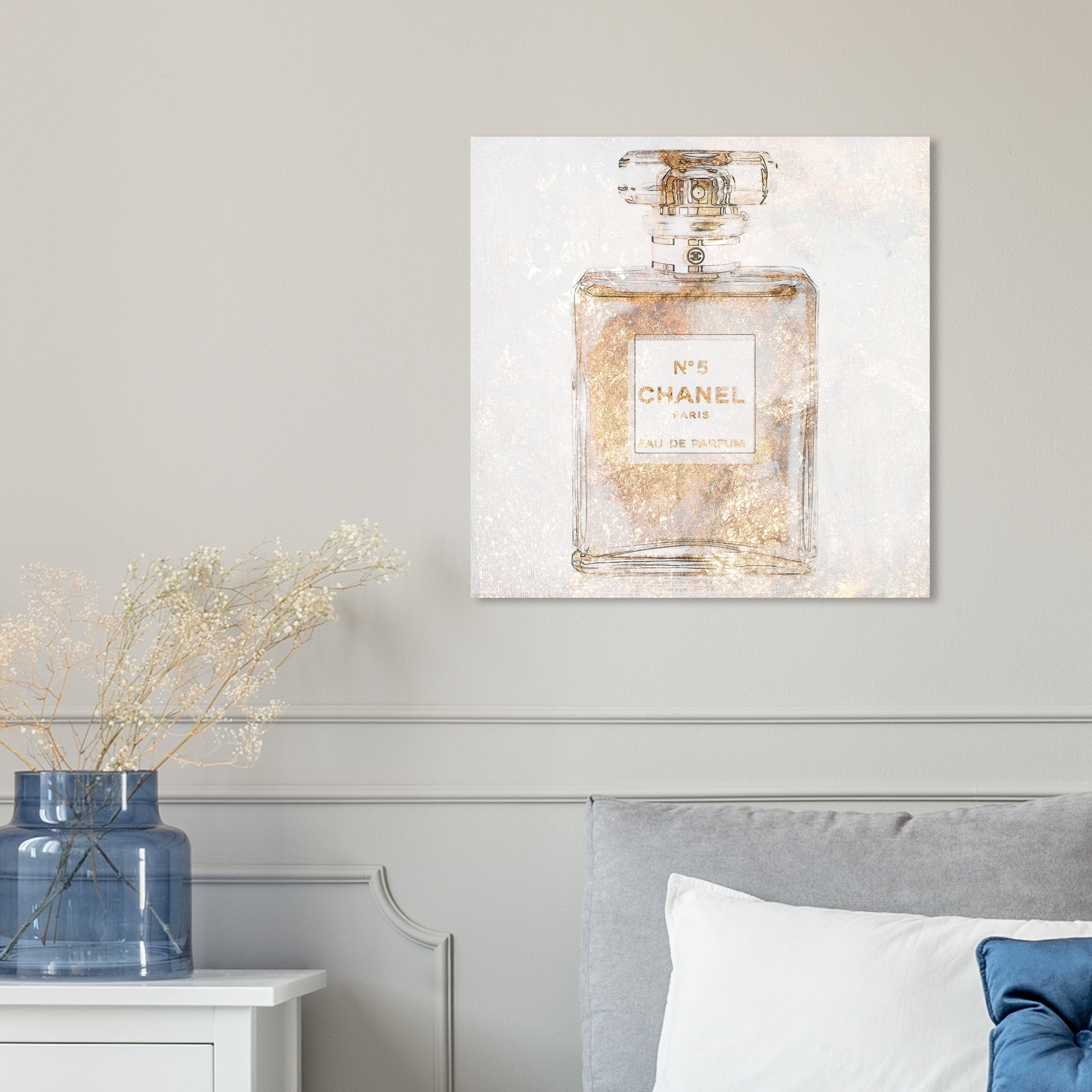 Oliver Gal Parfum Glimmer Fashion And Glam Wall Art Canvas Print Gold White On Sale Overstock 28370135