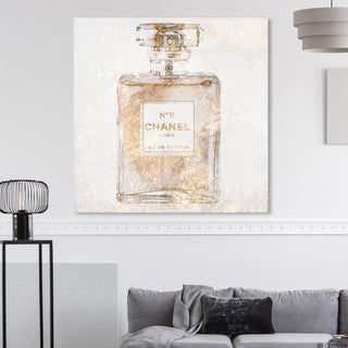 Oliver Gal 'Parfum Glimmer' Fashion and Glam Wall Art Canvas Print - Gold, White